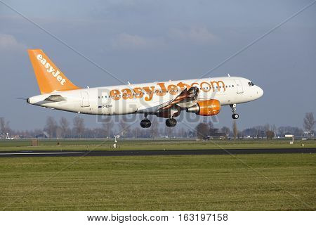 Amsterdam Airport Schiphol - Easyjet Airbus A320 Lands