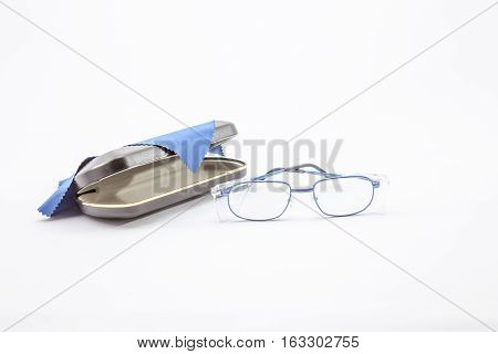 a cover for work safety glasses and a cleaning cloth