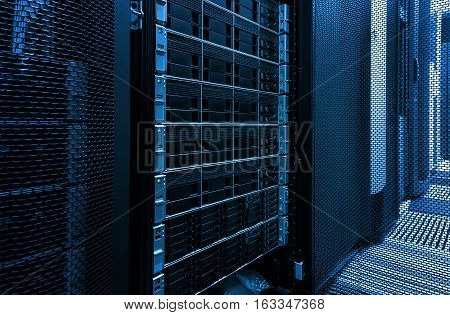 Array disk storage in data center with depth of field in the cool tone