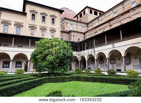 Yard Of Basilica Di San Lorenzo In Rain