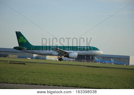 Amsterdam The Netherlands april 11 2015: EI-DEB Aer Lingus Airbus A320-200 approaching runway 09-27 Buitenveldert