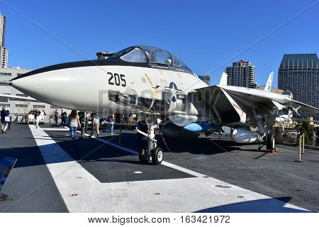 San Diego, California - Usa - Dec 04,2016 - F-14 Tomcat Fighter In Uss  Museum