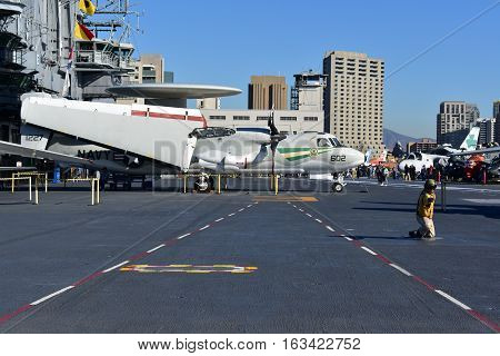 San Diego, California - Usa - Dec 04,2016 - San Diego Uss Midway Museum At Navy Pier