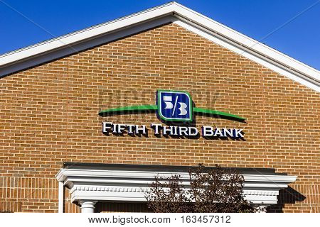 Lafayette - Circa December 2016: Fifth Third Bank Atm. Fifth Third Services 15 Regions With More Tha