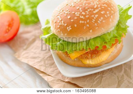 Fresh delicious burger whith cheese and salad