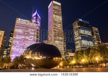 May 26 2016: Chicago United States: BCBSIL lights up after sponsoring an evening run and fun in the city of Chicago