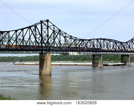 Bridge over the Mississippi River in Vicksburg USA April 18 2003