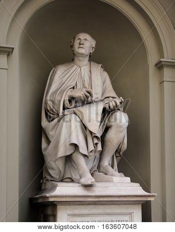 Statue Of Filippo Brunelleschi By Luigi Pampaloni He Was A Famous Italian Renaissance Architect And