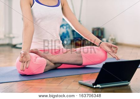 Doing Yoga With Virtual Instructor