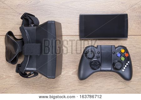 Game Controller, 3D Vr Headset And Mobile