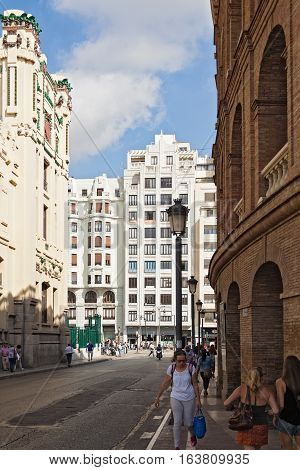 VALENCIA, SPAIN-OKTOBER 07, 2016: Street between bullring arena and central station in Valencia, Spain