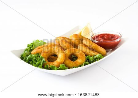 Fried calamari rings with lettuce and ketchup, isolated on white background