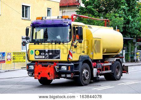 Sanitary Truck Oeaf