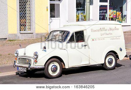 Morris Quarter Ton Van