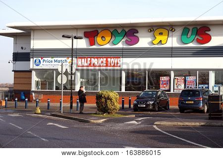 Basingstoke, Uk - December 05 2016: Exterior Of The Toys R Us Superstore. Toys R Us Is An Internatio