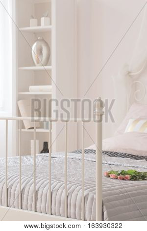 Bed With Metal Footboard