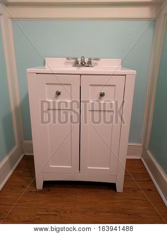Stylish White Bathroom Vanity Unit Idea for Home
