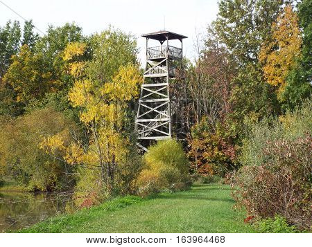 Watch tower at a park on a mid-autumn day.