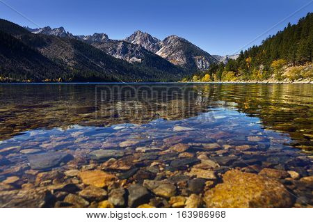 Twin Lakes Near Bridgeport, Ca. Mountain Lake With Reflections And Clear Water Showing The Rocks Ben