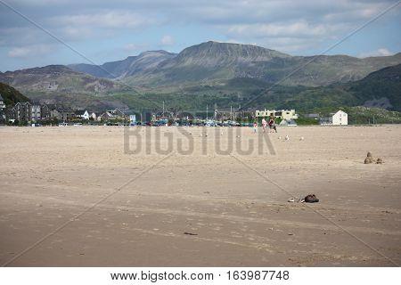 Cadair Idris Mountain Range Looking Down On Barmouth Beach