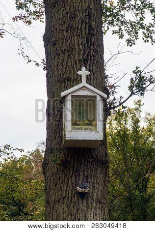 Sentier Des Oratoires, Etoile Sainte Anne In Saint Germain Forest, France.