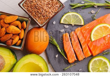 Omega 3 Sources - Fish, Avocado, Nuts, Linen Seeds, Egg
