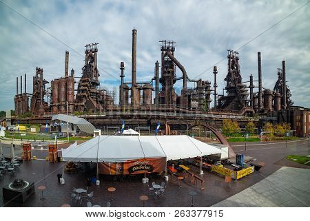 Bethletem, Pa, United States - October 14, 2018: Panoramic View Of The Steel Factory Still Standing