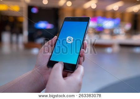 Chiang Mai, Thailand - August 03,2018: Woman Holding Huawei With Skype Apps. Skype Is Part Of Micros