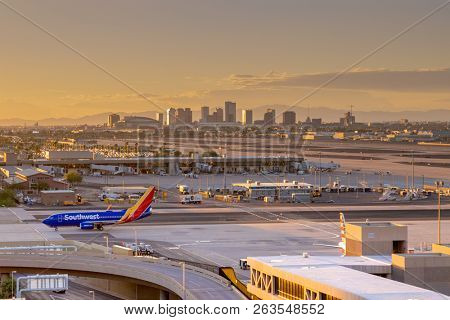 Phoenix,Az/USA - 10.14.18 - Phoenix Sky Harbor International Airport saw the number of total passengers increase by 2.1 percent in May,18, compared to the same month the year before.