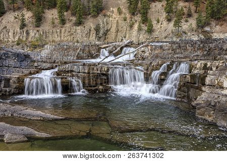 Low Water Cascades On The Kootenai River. The Kootenai River Falls  During Low Water In Autumn Near