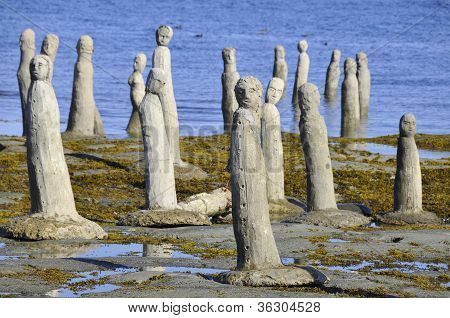 Statues leading into the St. Laurence River