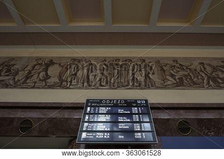 Prague, Czechia - November 3, 2019: Departures Board Of Ceske Drahy, The Czech Railways, In The Prah