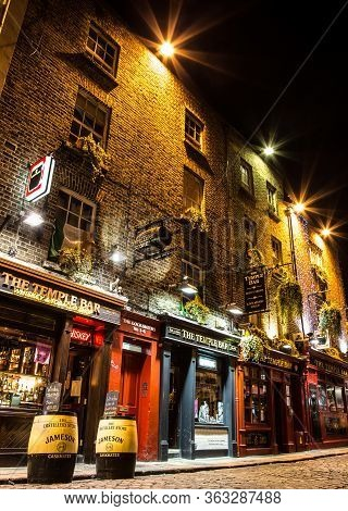 Dublin Ireland Jan 22 2017 - Night Street Scene In The Dublin, Ireland Temple Bar Historic District.