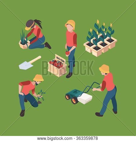 Farmers Isometric. Gardeners People Farmed Professional Outdoor Working Farm Vector Characters Agric