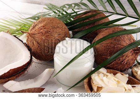 Coconut Oil With Fresh Nut Coconut Products With Fresh Coconut, Coconut Flakes, Coconut Spa Oil And