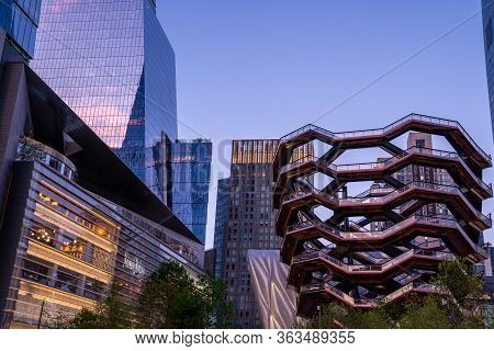 New York City, Usa - August 20, 2019: The Vessel Is The Public Space And Centerpiece Of The Hudson Y