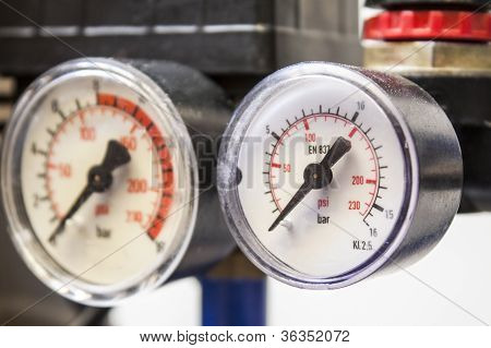 industrial barometer