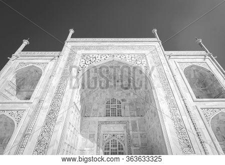 Facade Details In The White Marble Of The Taj Mahal Mausoleum In Agra, Uttar Pradesh, India
