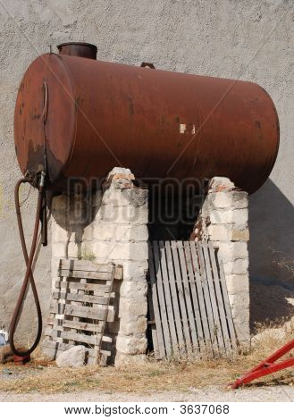 Brown Rusted Tank