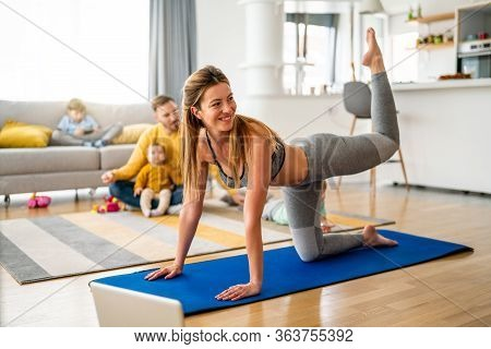 Sport Yoga Video Streaming. Stay Home. Home Fitness Workout Class Live Streaming Online.