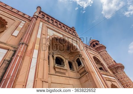 Facade Details Of The Safdarjung's Tomb, Mughal Style Mausoleum Built In 1754, New Delhi, India