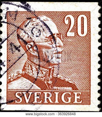 02 10 2020 Divnoe Stavropol Territory Russia The Postage Stamp Sweden 1940 King Gustaf V 1939-46 Por