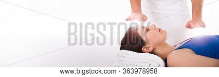 Reiki Energy Heal Treatment With Healing Hands