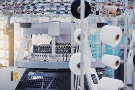 Textile Factory In Spinning Production Line And A Rotating Machinery And Equipment Production Compan