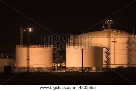 Oil Loading Rack.