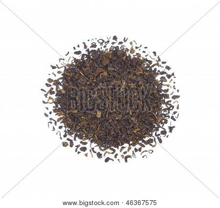 The pile of the dry black tea leaves.