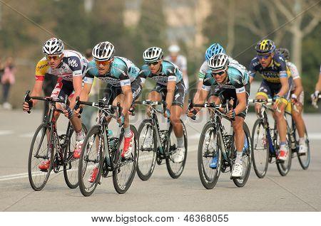 Barcellona - 24 marzo: Pack dei ciclisti del giro di Omega Pharma Quickstep durante il Tour di cenka