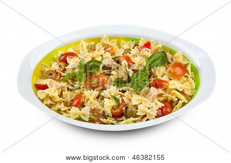 Pasta Salad With Tuna And Cherry Tomatoes