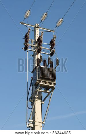Electric Pylon With Transformer