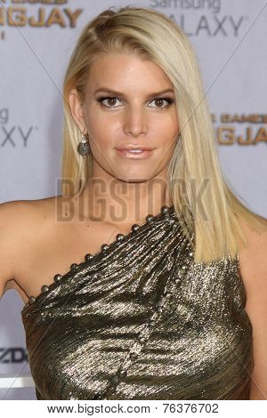 LOS ANGELES - NOV 17:  Jessica Simpson at the The Hunger Games: Mockingjay Part 1 Premiere at the Nokia Theater on November 17, 2014 in Los Angeles, CA